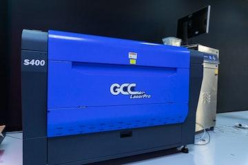 GCC Laser Pro S400 nede skrått