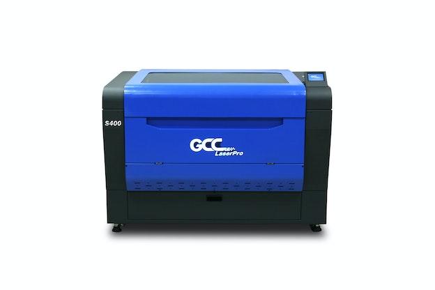 GCC S400 lasermaskin sett fra front